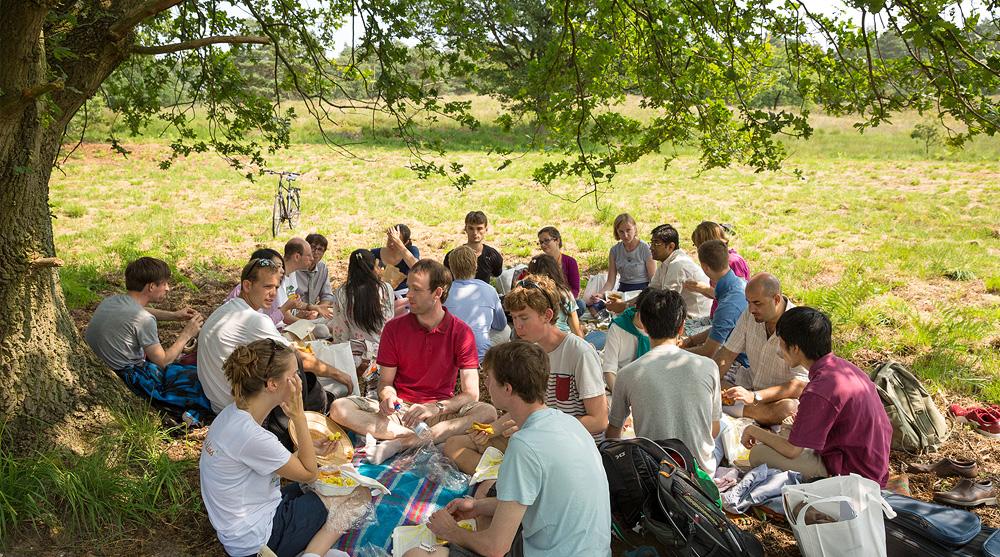 1 meru vlodrop picknick kraft der stille kurs niederlande transczendentale meditation maharishi mahesh yogi