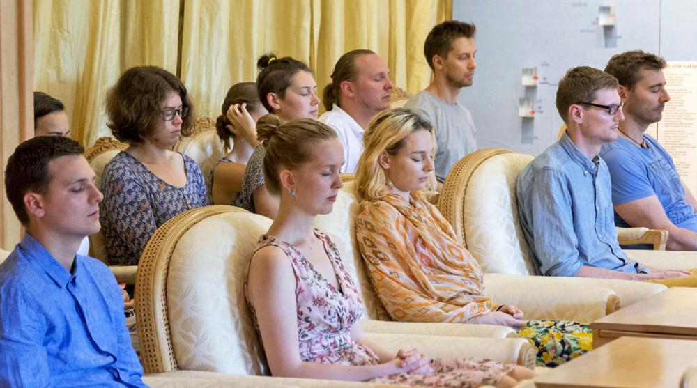 1 meru transzendentale meditation gruppenmeditation kraft der stlle kurs niederlande vlodrop